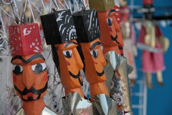 Tunisian puppet dolls