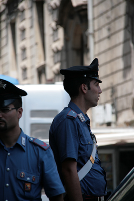 Italy has at least 4 levels of police/law enforcement.  This photo is either of the Polizia or Carabinieri.